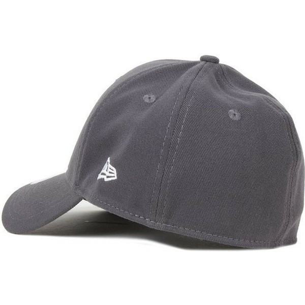 casquette-courbee-grise-fonce-ajustee-39thirty-basic-flag-new-era
