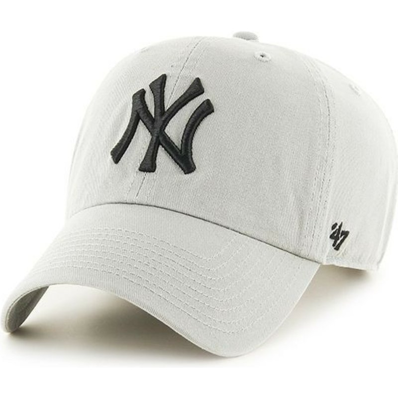casquette-courbee-grise-claire-new-york-yankees-mlb-clean-up-47-brand