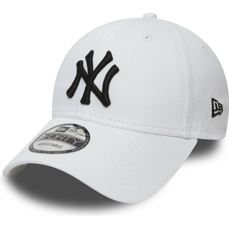 1db7a259b1c68 Casquette courbée blanche ajustable 9FORTY Essential New York ...