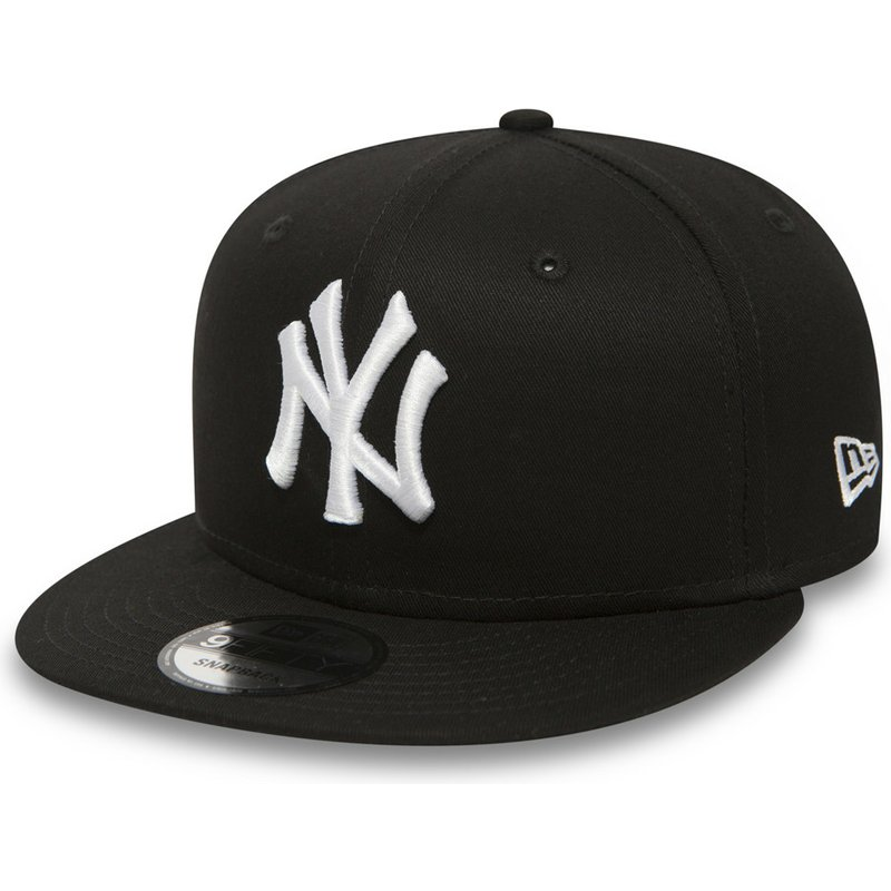 casquette-plate-noire-snapback-9fifty-white-on-black-new-york-yankees-mlb-new-era