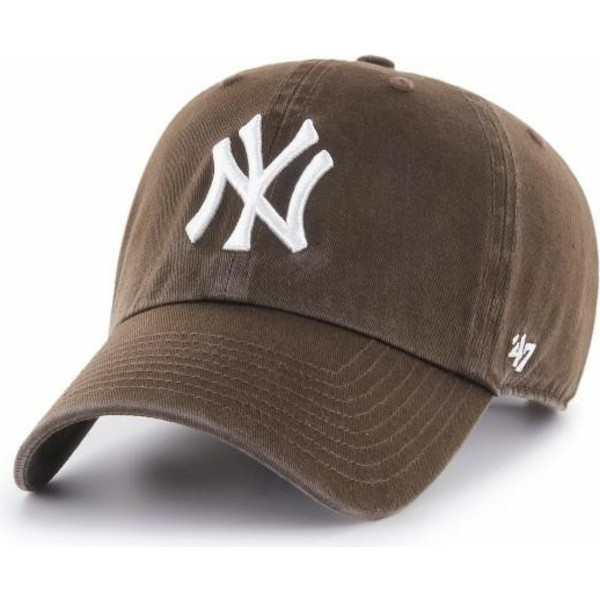 casquette-courbee-marron-sombre-new-york-yankees-mlb-clean-up-47-brand