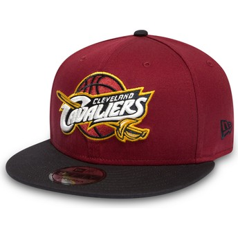 Casquette plate rouge et noire snapback 9FIFTY Cleveland Cavaliers NBA New Era