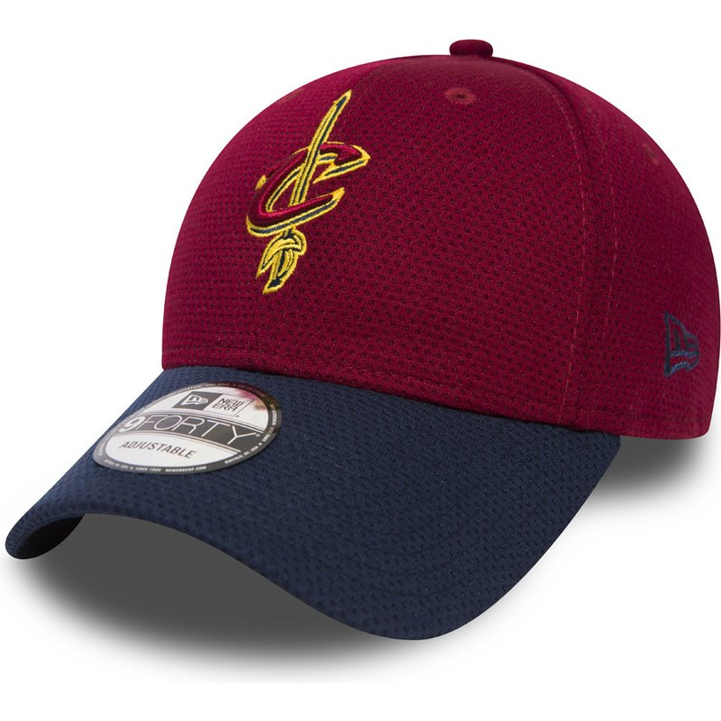 casquette-courbee-rouge-et-bleue-ajustable-9forty-mesh-cleveland-cavaliers-nba-new-era