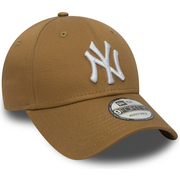 casquette-courbee-marron-claire-ajustable-9forty-essential-new-york-yankees-mlb-new-era