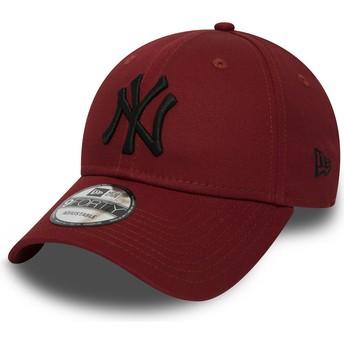 Casquette courbée rouge ajustable avec logo noir 9FORTY Essential New York Yankees MLB New Era