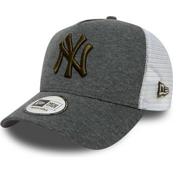 Casquette trucker grise avec logo marron 9FORTY Essential Pull New York Yankees MLB New Era