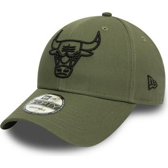 Casquette courbée verte ajustable avec logo noir 9FORTY League Essential Chicago Bulls NBA New Era